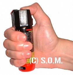 TW 1000 FS Standard 63 ml Pepper Spray Stream Pattern