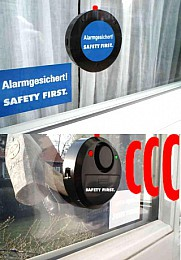 Safety First Alarm Glasbruchmelder mit blinkender Warn-LED. Farbe: weiß
